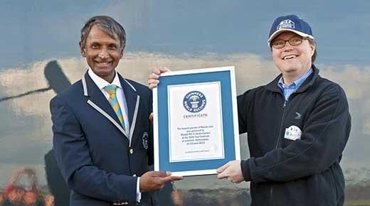 Mazda MX5 Guinness World Record (c) Mazda
