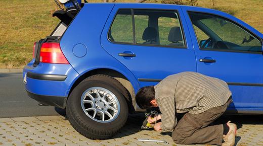 Spare wheel driving in Europe (c) Newspress