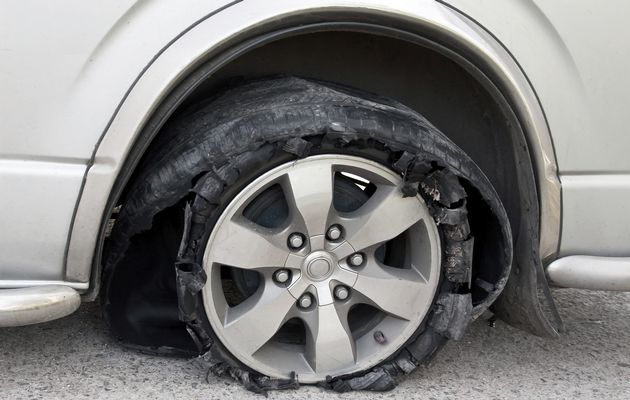 How to deal with a burst tyre