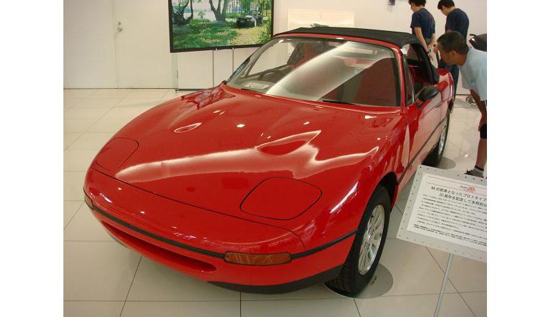Mazda Mazda Experiment. MX-5 Mk1