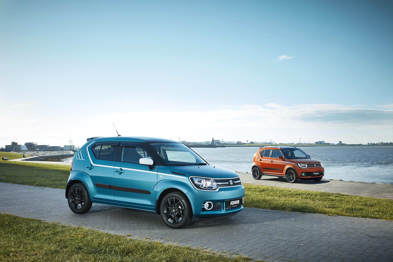 Suzuki ignis dual orange and blue