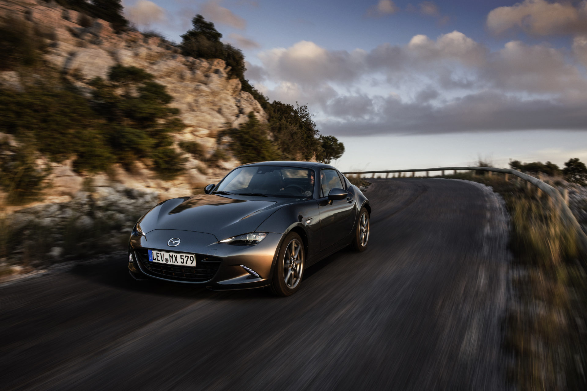 Mazda MX-5 wins Roadster of the Year at 2019 Auto Express New Car Awards