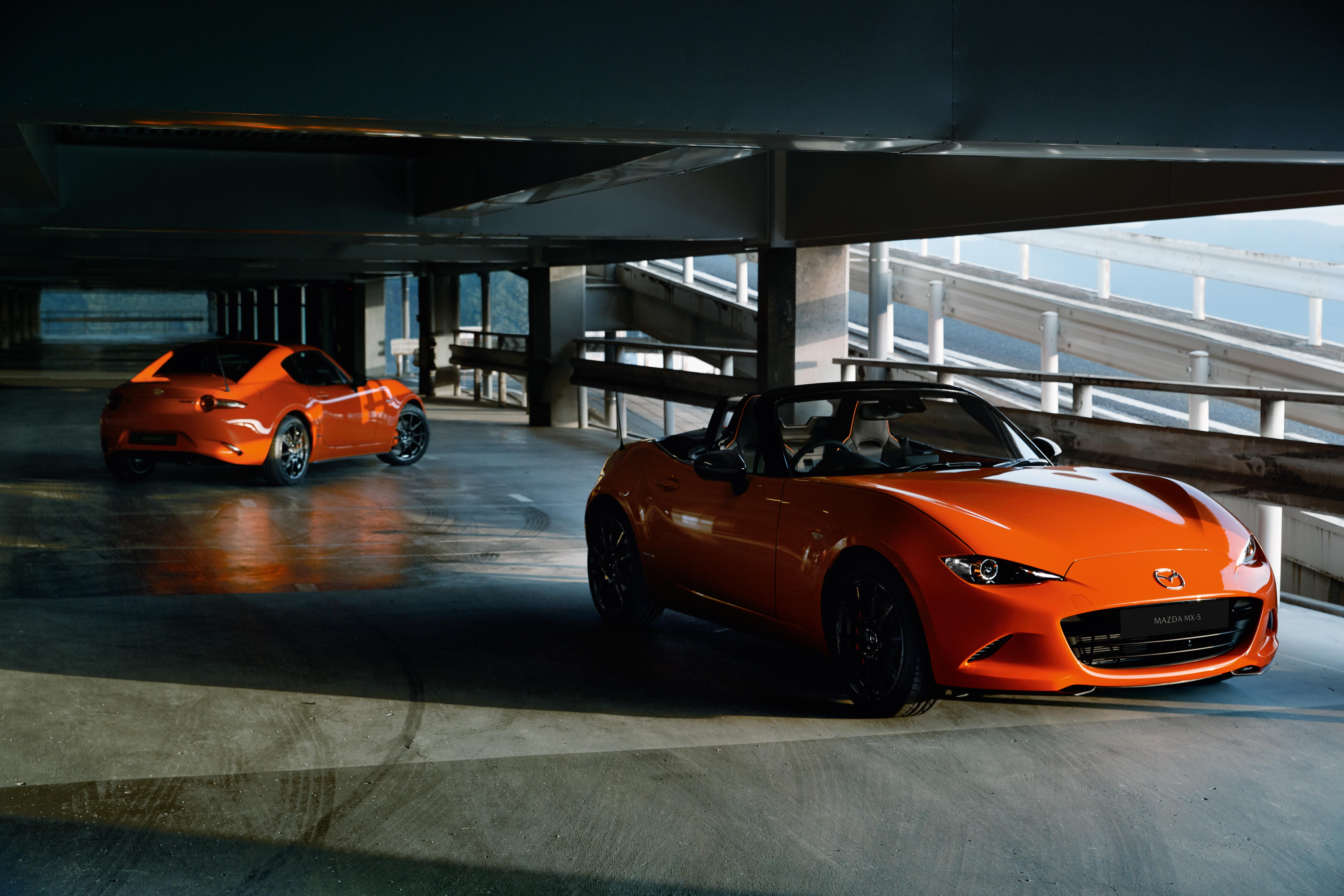 30th Anniversary Limited Edition MX-5 in converitble and RF