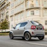 2020 Suzuki Ignis Caravan Ivory Pearl Metallic rear three-quarter