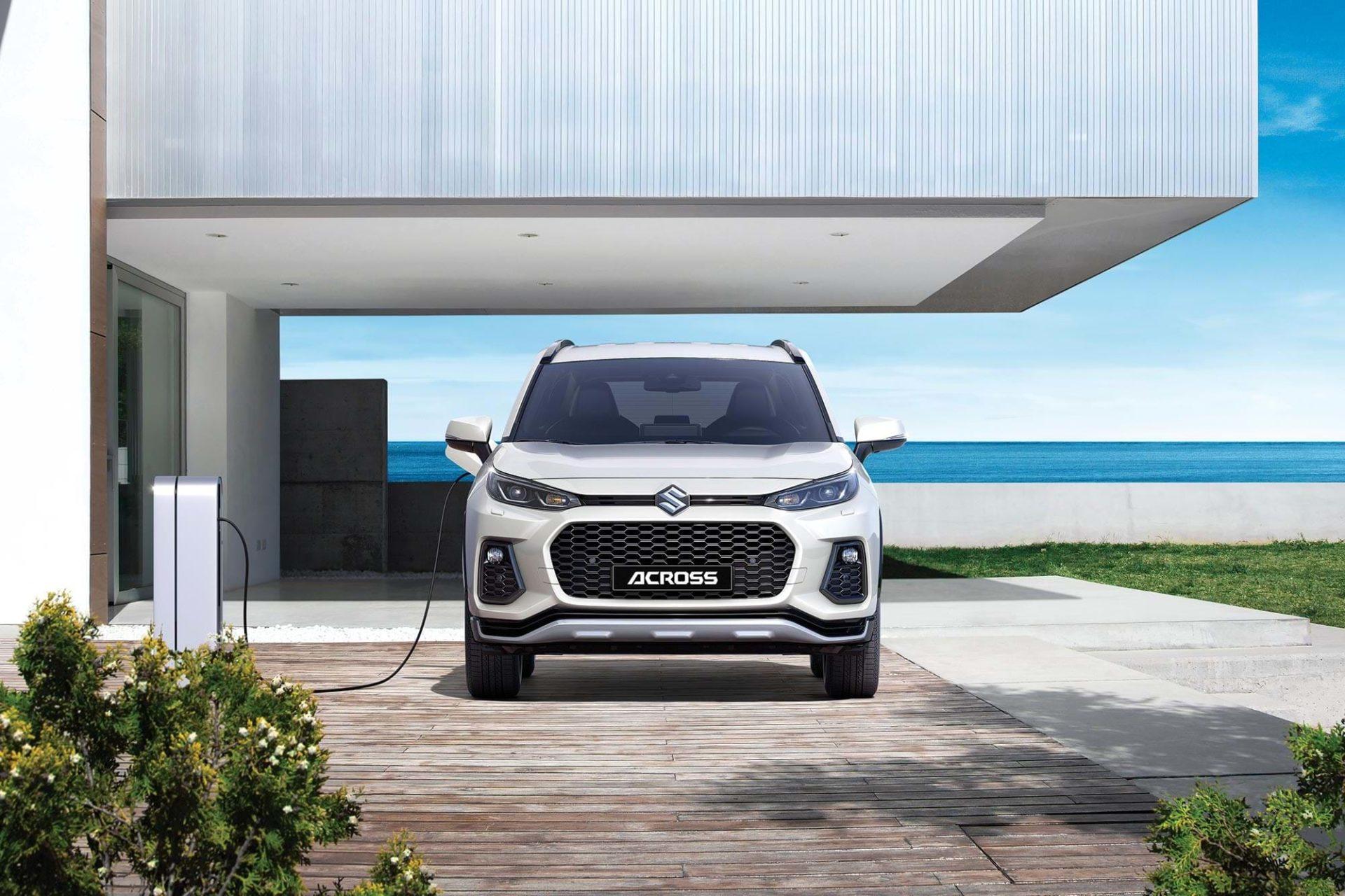 Suzuki ACROSS – new plug-in hybrid showcased by Suzuki